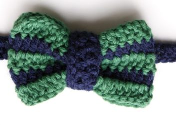 Як зв'язати гачком краватку-метелик. Детальний урок