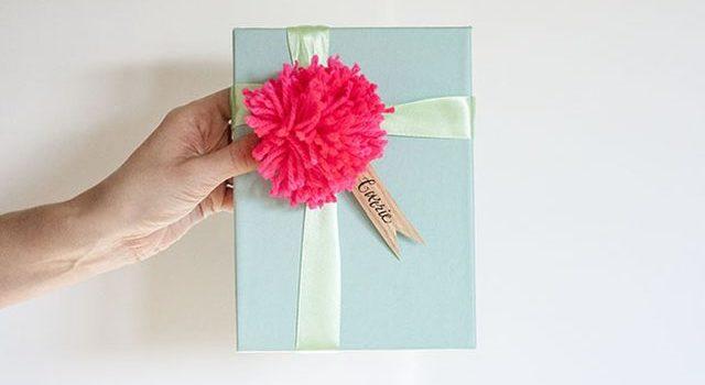 Оригінальний спосіб підпису пакунків та подарунків. Фото-урок