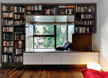 Підвіконня-диван. Креативні рішення для підвіконня. 30 фото