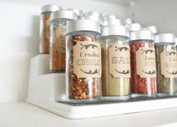Зберігаємо спеції на кухні. 25 ідей