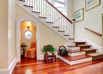 44 ідеї використання простору під сходами