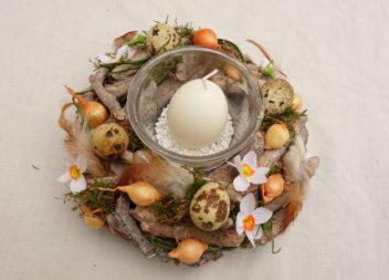 Квітково-яєчні композиції до Пасхи. 27 ідей