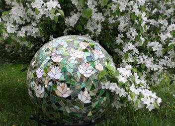 20 оригінальних способів прикрасити сад або подвір'я