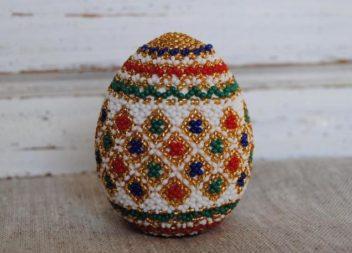 Яйце із бісеру. Схема плетіння. Майстер-клас