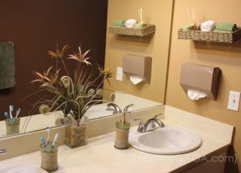 Лаконічний декор ванної кімнати: 20 ідей