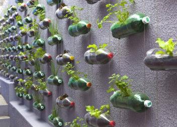 20 ідей для перетворення старого мотлоху на речі для саду