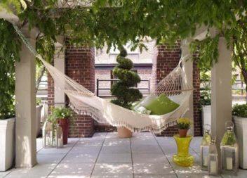 Гамаки у саду та на подвір'ї: 16 ідей