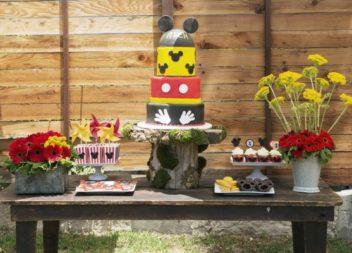"""Дитячій день народження у стилі """"Мікі Маус"""": декор та деталі"""