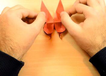 Паперові метелики у техніці орігамі: відео-урок