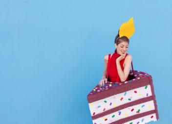 Веселий та креативний костюм для вечірки з нагоди дня народження: фото-урок