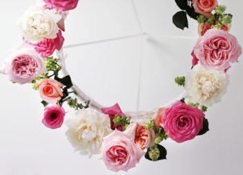 Люстра із квітів: виготовляємо самостійно