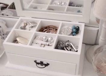 Перетворюємо дерев'яну скриньку на органайзер для прикрас: відео майстер-клас