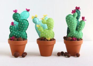 Іграшковий горщик із кактусом для дитячої кімнати: майстер-клас