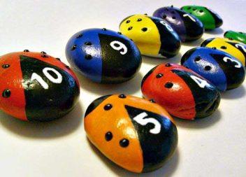 21 ідея для творчості з дітьми: малюємо на каменях