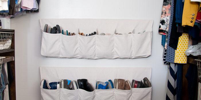 Зберігаємо взуття у спеціальних мішечках