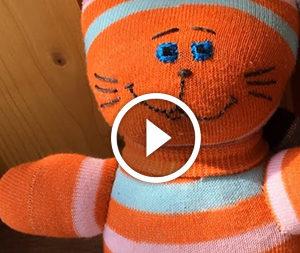 Котик зі шкарпетки