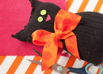 Шиємо котика зі шкарпетки (покроковий урок)