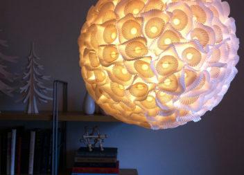 Декоруємо лампу вдома