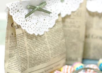 Солодкі пакуночки з газети