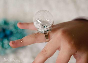 Перстень-куля: зимова казка на пальцях