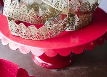 Святкова корона зі стрічки