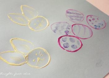 Зайчики-печатки: ідея для дітей