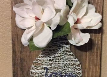 Декор нитками: весняна ваза