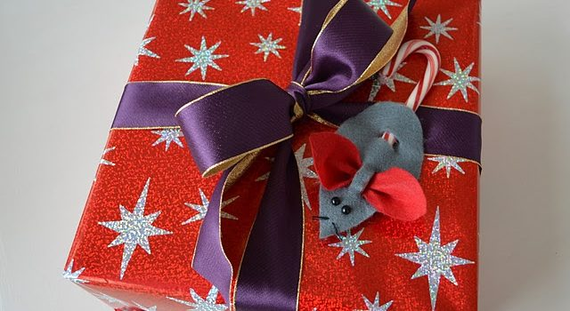 """Родзинка на подарунок: """"солодка мишка"""""""