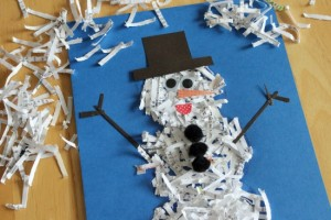 Дитяча аплікація: сніговик з паперу