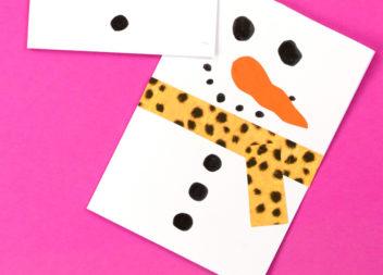Листівка-сніговик: ідея для дітей