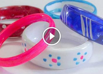 Браслет з пластикової пляшки: відео