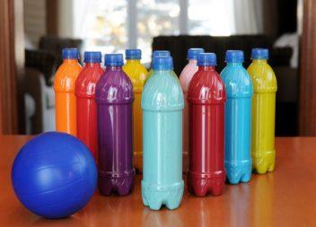 Домашній боулінг: ідея для дітей
