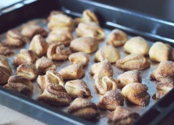 Всього лиш 6 інгредієнтів: Рецепт смачного сирного печива, яке не може не вдатися!