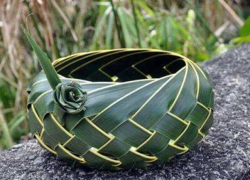 Неймовірні роботи із листя