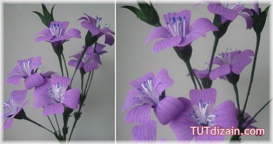Красивый цветок посеял с гофробумаги.