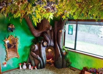 Казковий будиночок на дереві для улюбленої доні