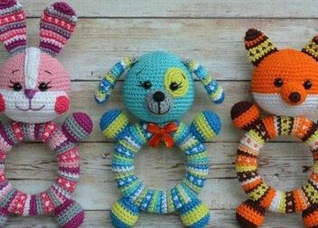В'язані іграшки-гризунці для малюків