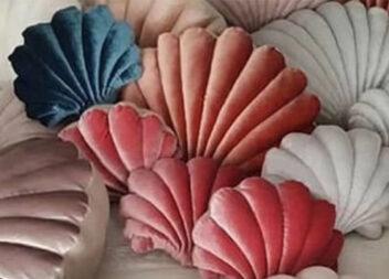 Чудова ідея: шиємо подушку-мушлю для дивану чи крісла