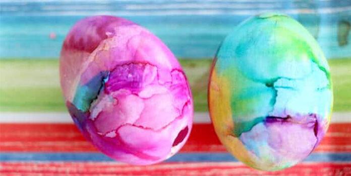 Неповторний результат. Простий, але при цьому дуже гарний спосіб фарбування яєць на Великдень